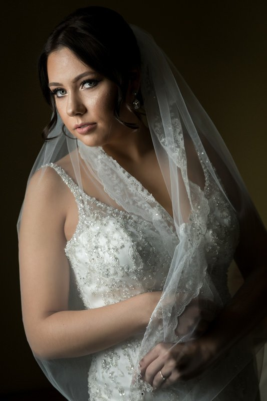 The Are Countless Options When Posing Hands Bride Can Hold Dress Bouquet Veil Etc What Matters Is To Have Do Something