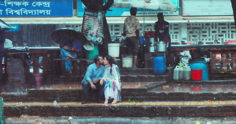 Photo of Couple Kissing in Rain Gets Bangladeshi Photog Beaten and Fired