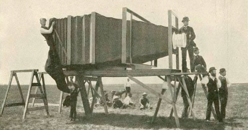This Was the World's Largest Camera Back in 1900