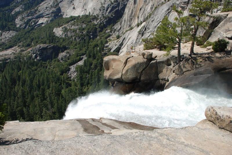 Teen Falls to Death Trying to Take Selfie at Yosemite Waterfall