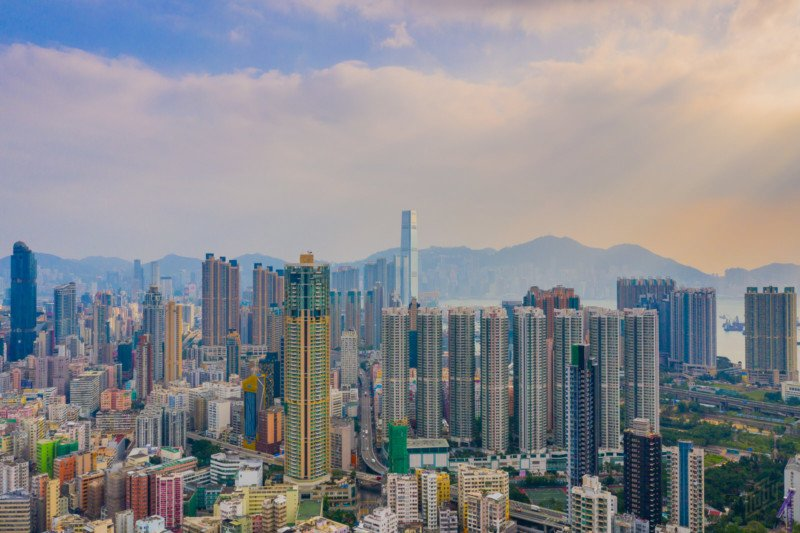 Capturing the Eye-Popping Density of Hong Kong's Tower Blocks