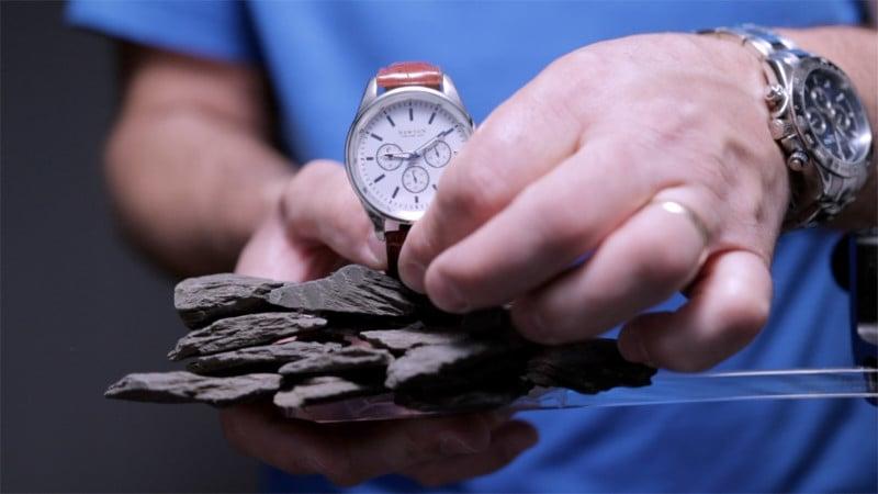 ¿Cómo tomar fotos de lujo con un reloj de $5?