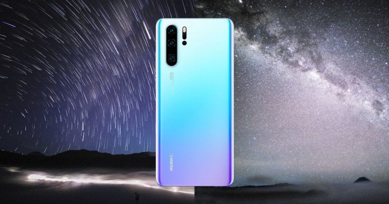 Yes, The Huawei P30 Pro Can Shoot the Milky Way (and Even Meteors)