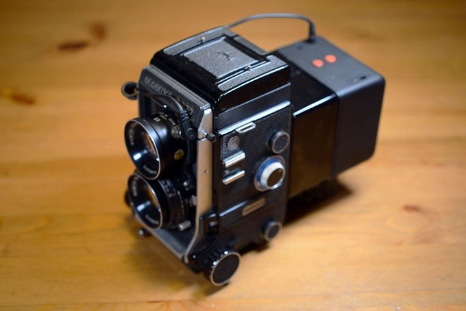 I'm Back Unveils a Cheap Digital Back for Old Medium Format Cameras