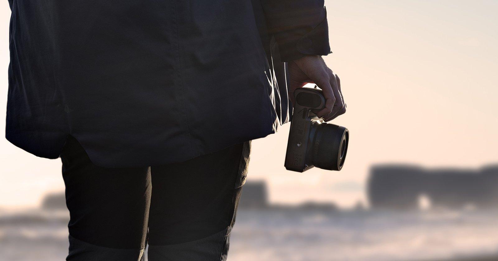 Hasselblad Unveils XCD 4/45P: The World's Lightest Digital Medium Format AF Lens