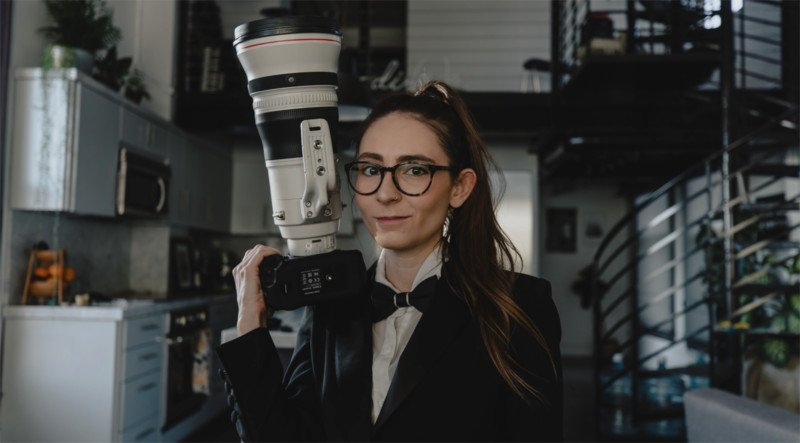 Shooting Portraits with a $12,000 400mm f/2.8 Lens