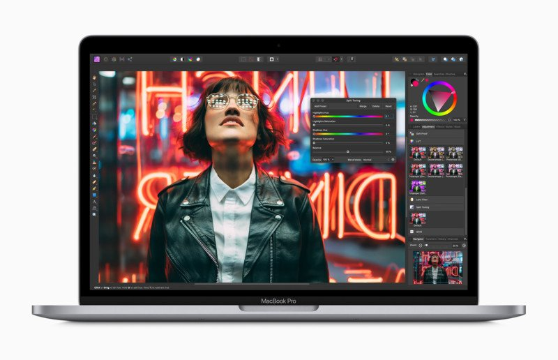 Apple Unveils 13 Inch Macbook Pro New Keyboard Faster Cpus And Up To 32gb Of Ram