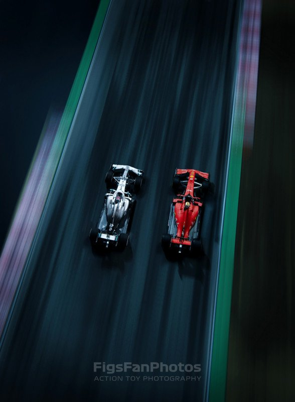 Photographer Shoots Epic Formula 1 'Race' in His Bedroom with Toy Cars 10