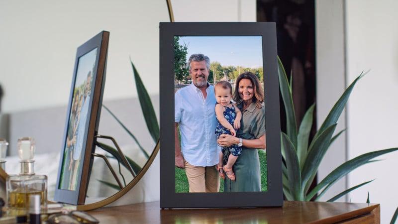 "Netgear Unveils the Meural WiFi 15.6"" Auto-Syncing Photo Frame 8"