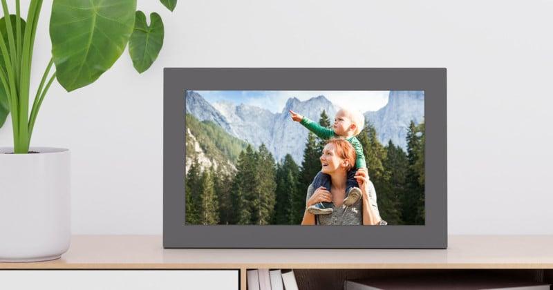 "Netgear Unveils the Meural WiFi 15.6"" Auto-Syncing Photo Frame 2"
