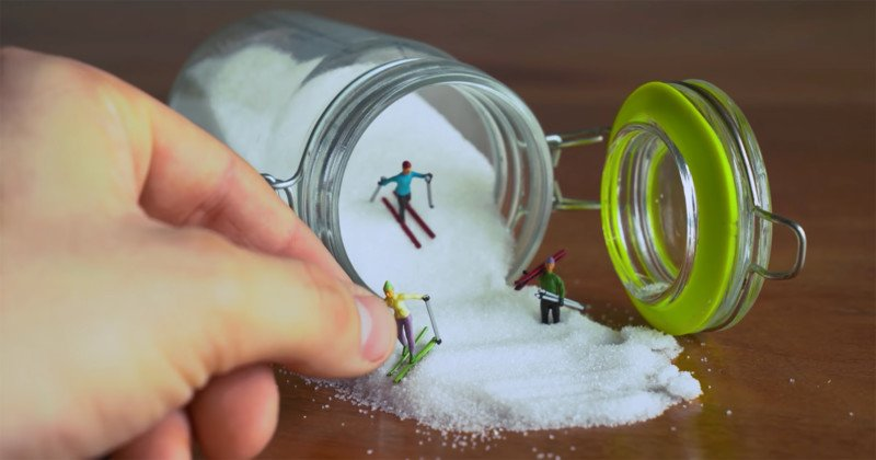 How to Create Photos of Miniature Worlds Using Household Items