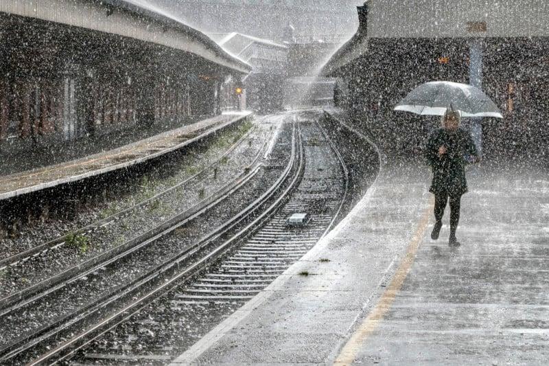 Brooklyn Bridge Blizzard Photo Wins Weather Photographer of the Year 32