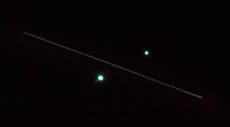 conjonction de Jupiter et Saturne (décembre 2020) Conjunctionzoom
