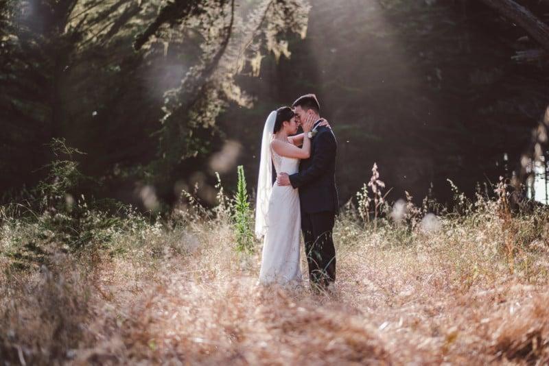 10 Easy Wedding Poses for Beginner Photographers
