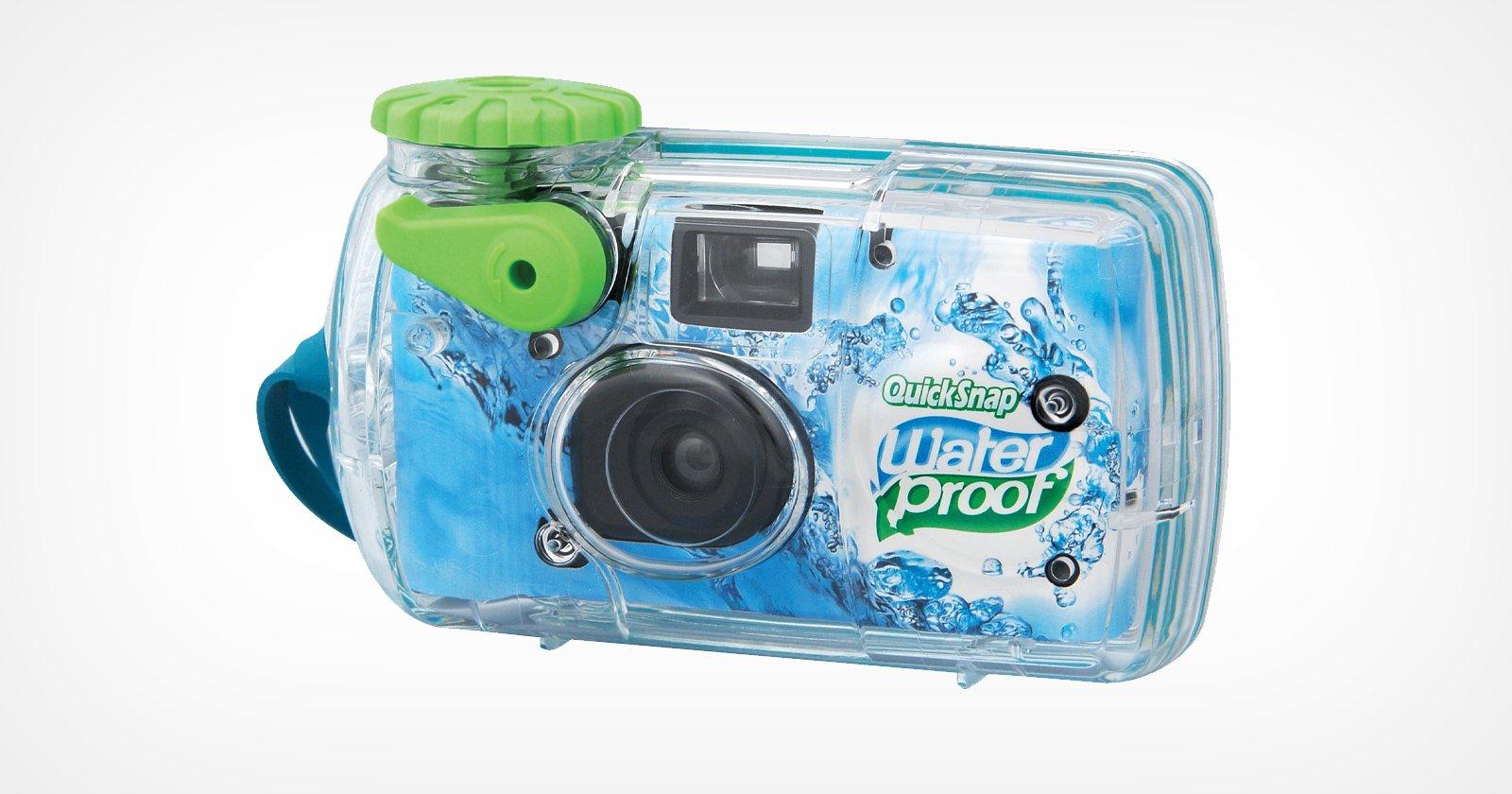 Fujifilm ripropone la fotocamera usa e getta QuickSnap Waterproof 800