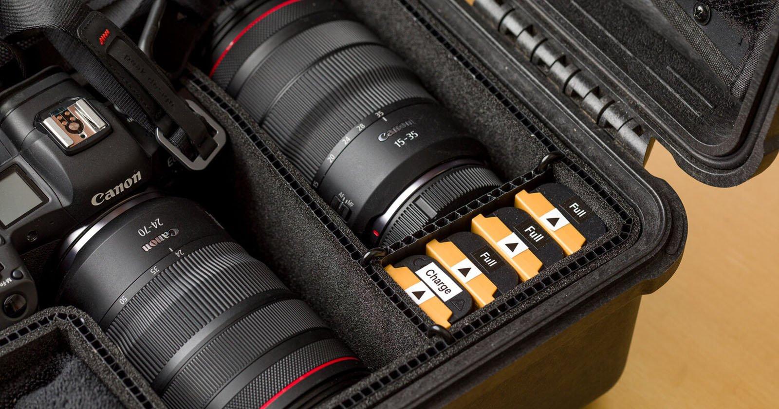 Una soluzione fai-da-te per monitorare la carica delle batterie della fotocamera