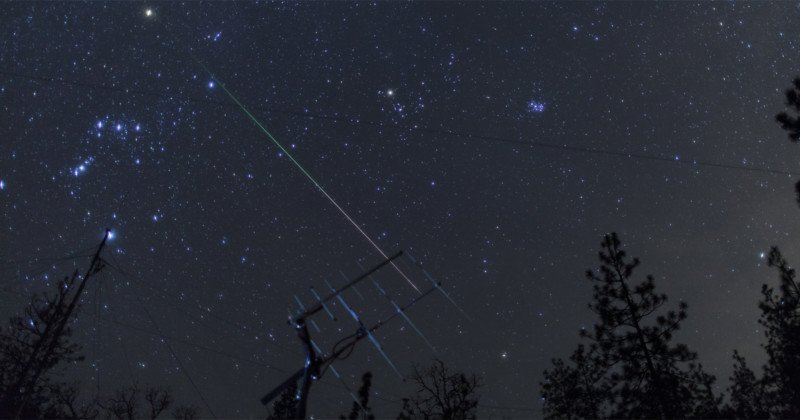 How to Take Gorgeous Smartphone Photos of the Lyrid Meteor Shower