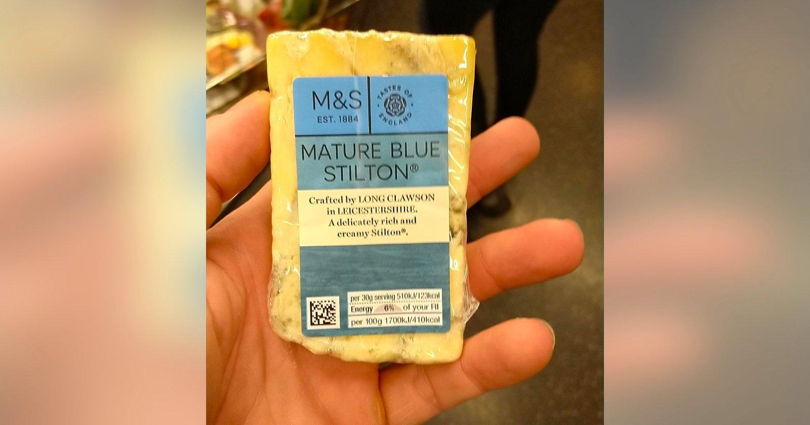 La foto di formaggio di uno spacciatore porta al suo arresto