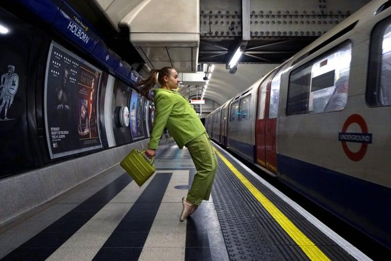 Photos of Dancers Blending Into London Architecture 111