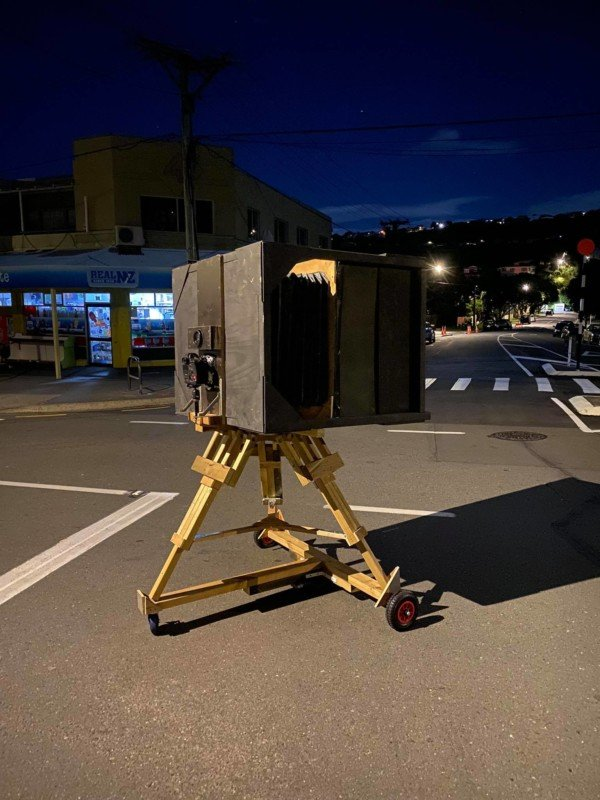 Man Builds Huge 'Ultra Large Format' Camera With a 600mm f/9 Lens 193