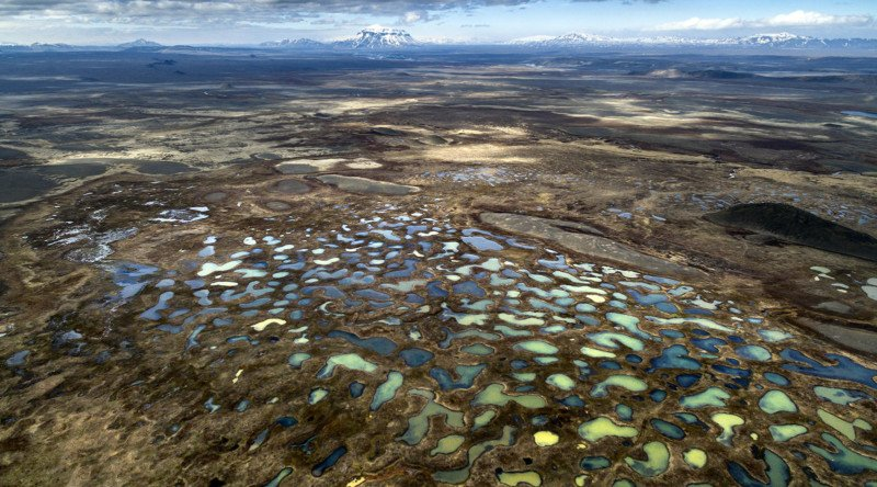 Photo Series Captures the Spectacular Beauty of the Icelandic Wetlands