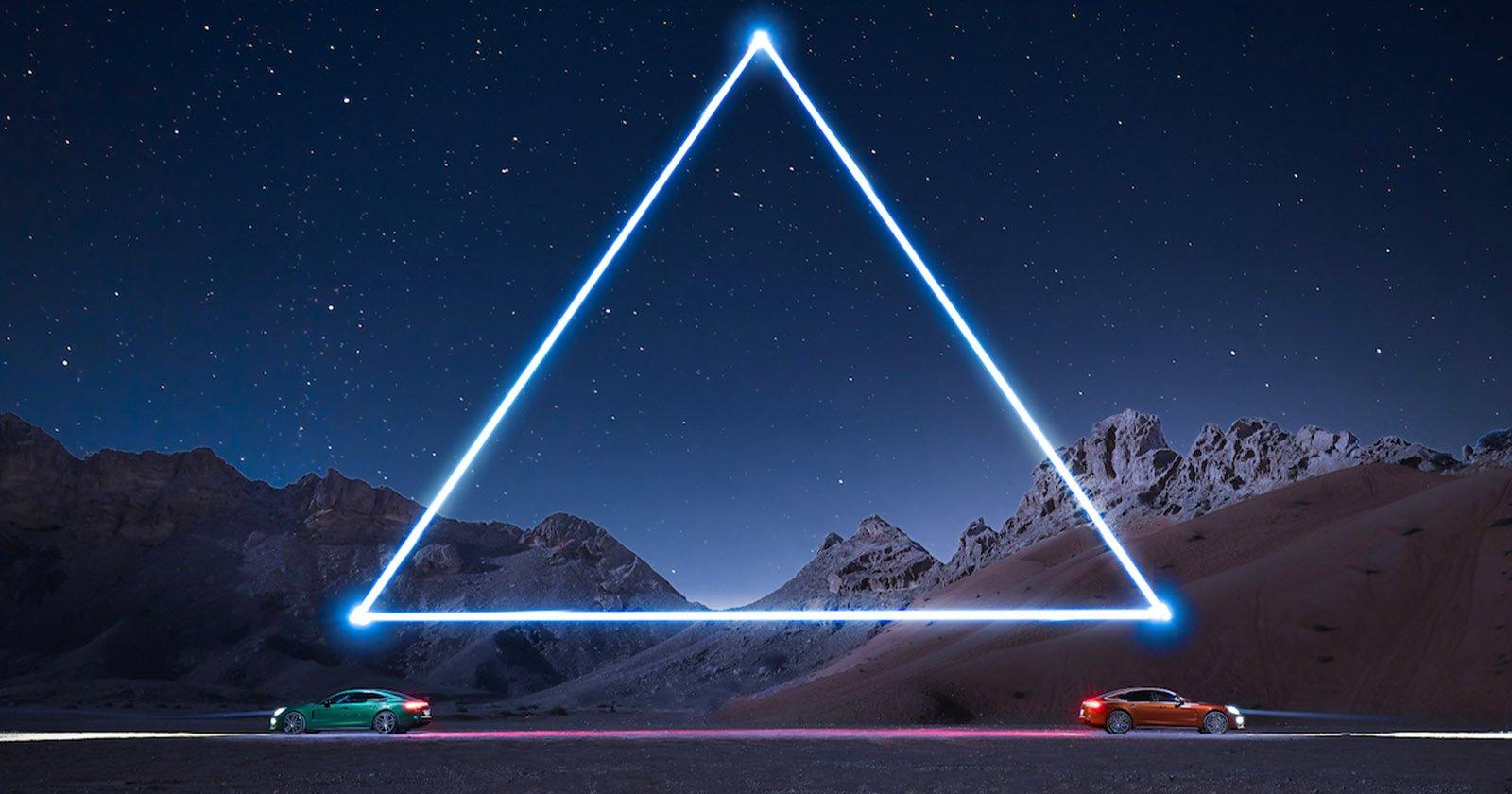Fotografo illumina le auto sportive Porsche nel deserto con i droni