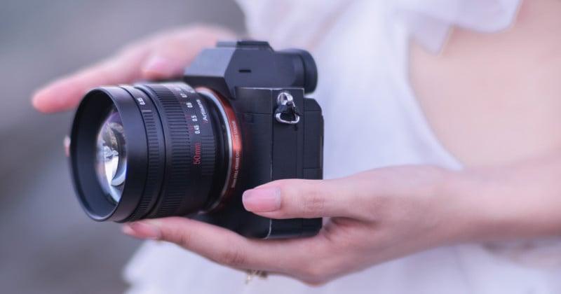 7Artisans Launches a 50mm f/0.95 Lens for Multiple APS-C Mounts 5