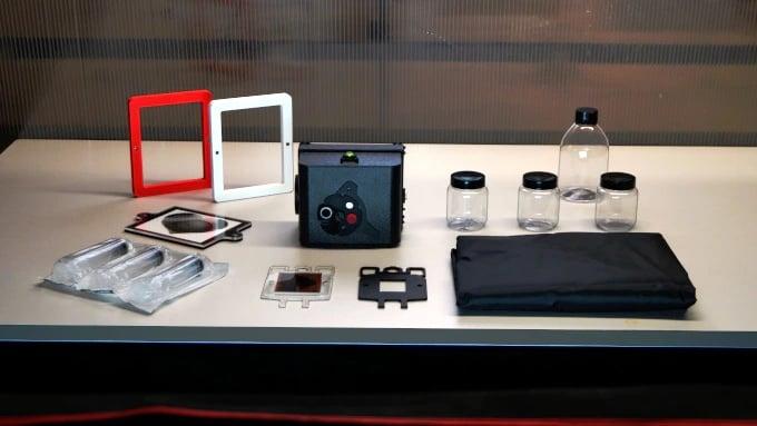 Pinsta Instant Camera: An Analog Micro Darkroom and Negative Enlarger 18